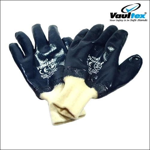 nitrile-gloves-VS